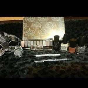 Black/white/gold/silver beauty bundle